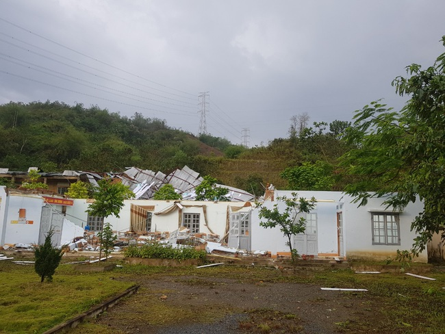 Lai Châu: Gió lốc làm tốc mái hơn 70 ngôi nhà - Ảnh 2.
