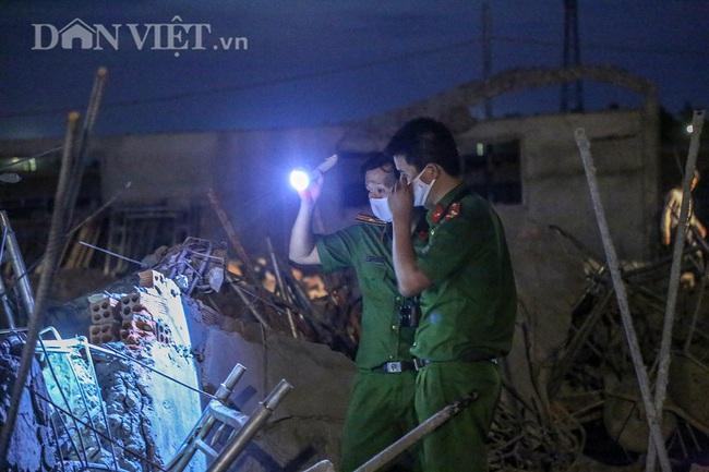 Lật từng viên gạch tìm nạn nhân mất tích trong vụ sập 10 người chết ở Đồng Nai - Ảnh 3.