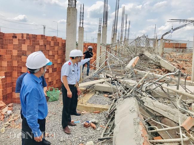 Bộ Xây dựng và Bộ LĐTB&XH đến hiện trường vụ sập khiến 10 người tử vong - Ảnh 2.