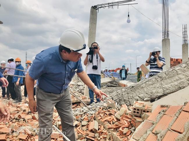 Bộ Xây dựng và Bộ LĐTB&XH đến hiện trường vụ sập khiến 10 người tử vong - Ảnh 7.