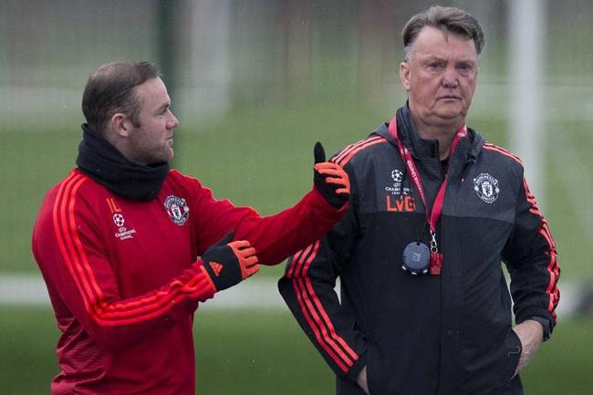 Rooney từng muốn HLV Van Gaal ở lại