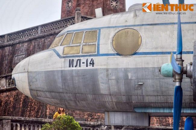 Lặng ngắm chiếc chuyên cơ chở Bác Hồ giữa Hà Nội - Ảnh 7.