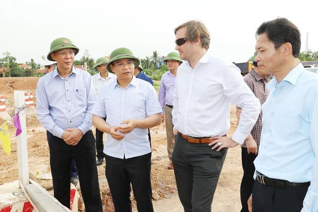 Quảng Ninh đẩy nhanh tiến độ thực hiện các dự án KCN trọng điểm  - Ảnh 1.