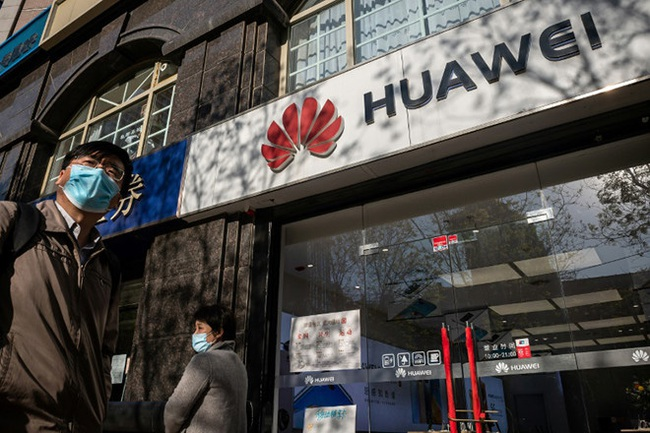 TSMC ngừng nhận đơn đặt hàng từ Huawei sau lệnh cấm của Mỹ - Ảnh 1.