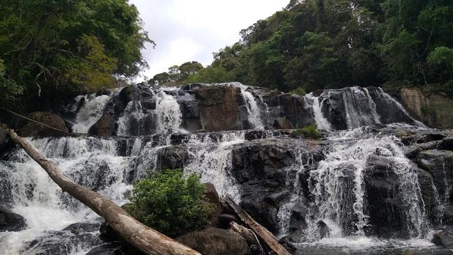 Tuyệt đẹp thác Kon Bông ở Tây Nguyên - Ảnh 2.