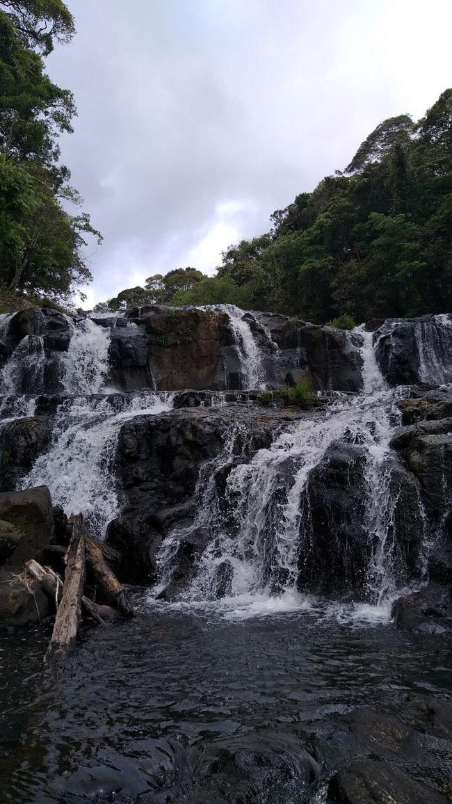Tuyệt đẹp thác Kon Bông ở Tây Nguyên - Ảnh 3.