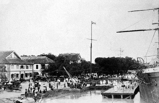 Ảnh lịch sử cực quý về bến Nhà Rồng ở Sài Gòn - Ảnh 4.