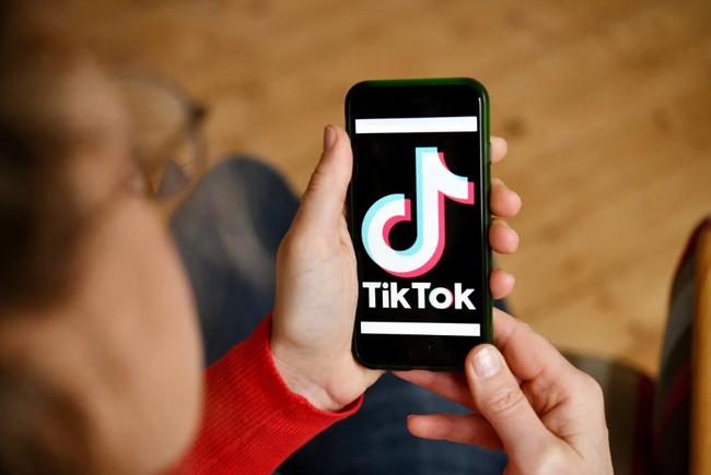 Ứng dụng TikTok có doanh thu cao nhất thế giới, vượt qua Youtube  - Ảnh 1.