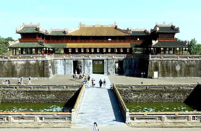 Vì sao cố đô Huế từng được gọi là đất Thần Kinh? - Ảnh 2.