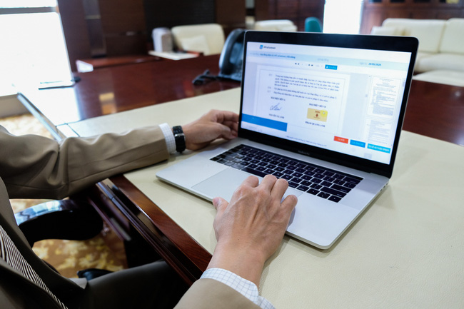 Giải pháp toàn diện FPT.eContract hỗ trợ doanh nghiệp ký hợp đồng điện tử - Ảnh 1.