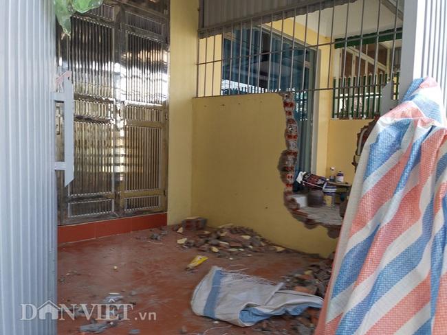 Quảng Ninh: Mưa lớn, sập bờ kè đang xây, 7 hộ dân bị uy hiếp - Ảnh 5.