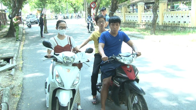 Thiếu tiền ăn chơi, 3 thanh niên gây ra hàng loạt vụ cướp giật  - Ảnh 1.