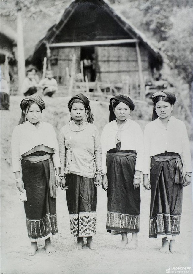 Ảnh hiếm về đồng bào dân tộc thiểu số Nghệ An 100 năm trước - Ảnh 2.
