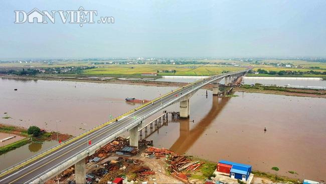Từ trên cao nhìn về Cầu Thịnh Long nối đôi bờ sông Ninh Cơ - Ảnh 6.