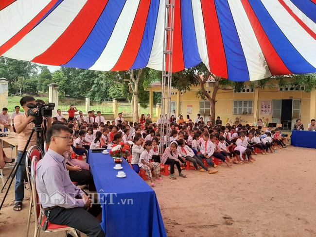 Báo Dân Việt khởi công phòng học tại điểm trường ở Kon Tum - Ảnh 4.