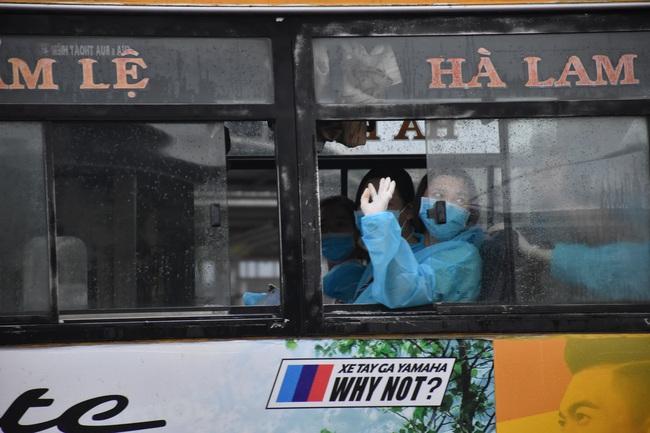 Đà Nẵng đón 243 phụ nữ mang bầu về nước an toàn - Ảnh 3.