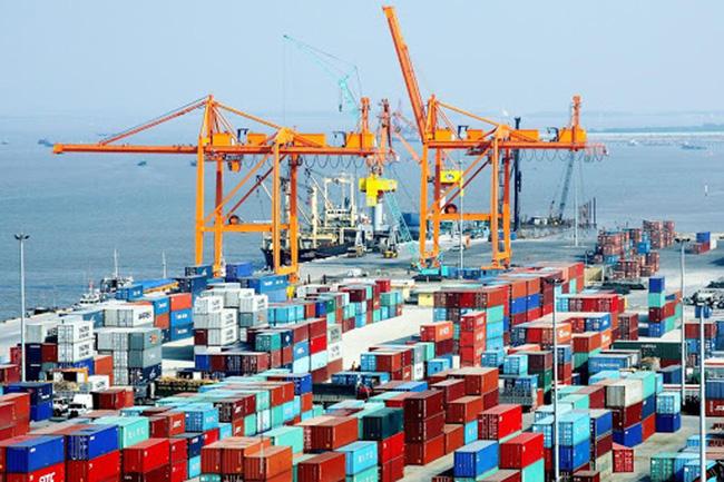 Việt Nam xuất siêu 1,9 tỷ USD - Ảnh 1.