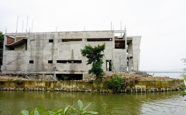 Dự án phá vỡ cảnh quan sông Hương: Yêu cầu khẩn trương tháo dỡ hạng mục sai phạm  - Ảnh 2.