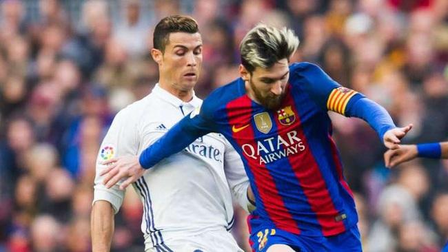 Huyền thoại bóng đá Anh: Messi xuất sắc hơn Ronaldo - Ảnh 1.