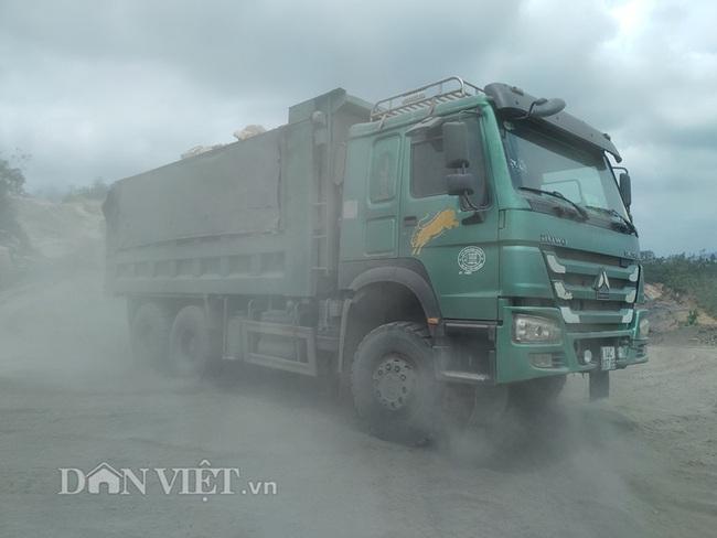 Vụ khai thác đất đá tại núi Hang Hùm: Tranh cãi gay gắt về hợp đồng - Ảnh 4.