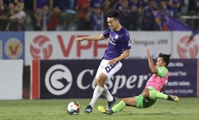 """""""Chân gỗ"""" khiến thầy Park phì cười sở hữu thống kê cực khủng tại Hà Nội FC - Ảnh 1."""