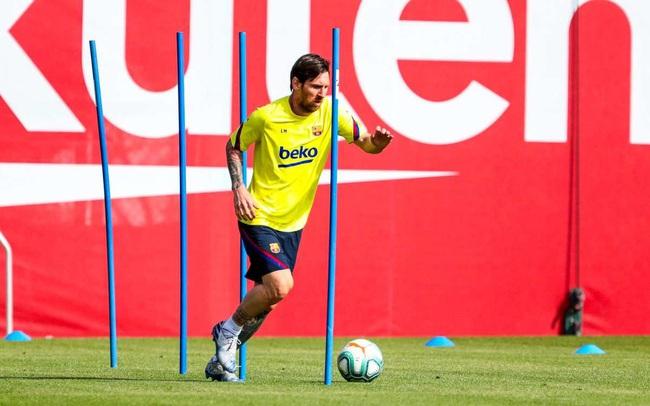 La Liga chưa trở lại, Messi đã nói lời cay đắng - Ảnh 2.