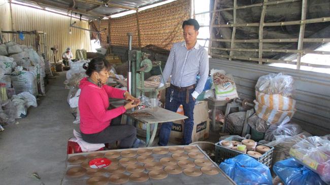 """Quảng Nam: Kỹ sư cầu đường quyết bỏ nghề về quê làm trầm hương, """"đút tút"""" tiền tỷ mỗi năm  - Ảnh 6."""