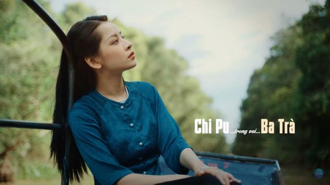 """Chi Pu hóa thân thôn nữ Ba Trà, úp mở mối quan hệ với Ngọc Trinh trong teaser """"Cung đàn vỡ đôi"""" - Ảnh 1."""
