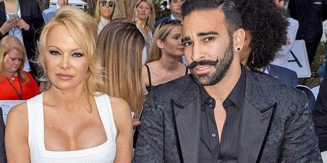 'Chuyên gia rắc rối' bóng đá Pháp khoe 'yêu' Pamela Anderson 12 lần một đêm - Ảnh 1.