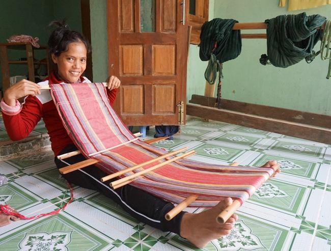 Đà Nẵng: Khôi phục nghề dệt thổ cẩm Cơ Tu gắn với phát triển du lịch homestay - Ảnh 5.