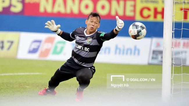 Vừa trở lại với bóng đá, Tấn Trường đã bày tỏ đam mê khó tin - Ảnh 1.