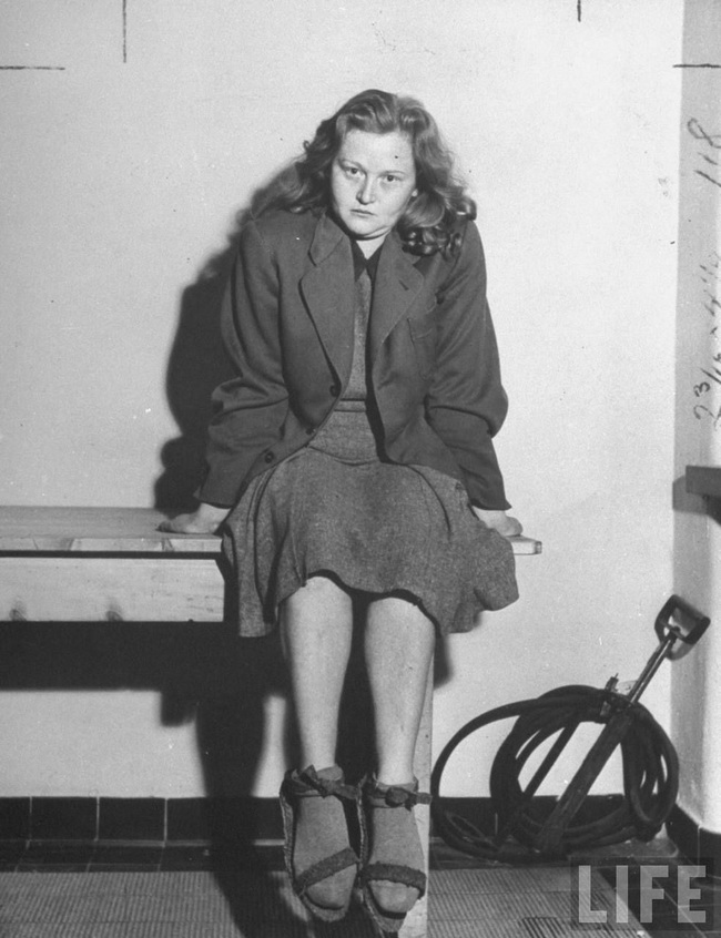 """Nữ đồ tể khát máu của Hitler có biệt danh """"con quỷ"""" - Ảnh 5."""
