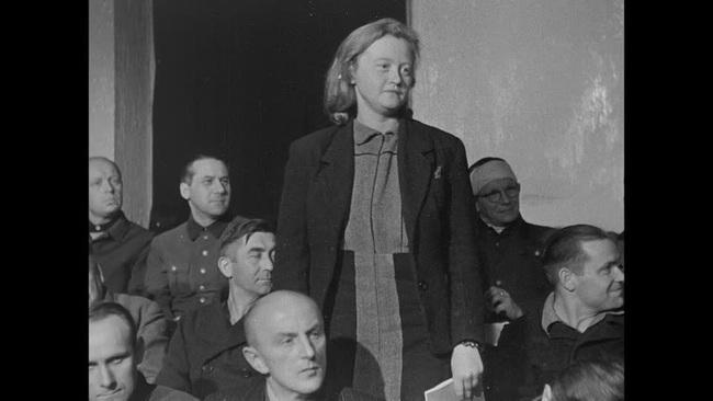"""Nữ đồ tể khát máu của Hitler có biệt danh """"con quỷ"""" - Ảnh 10."""