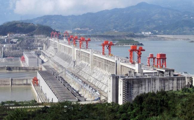 """Sự thật sốc về đập Tam Hiệp - Trung Quốc: """"Thảm họa"""" làm chậm quá trình quay của Trái đất - Ảnh 2."""