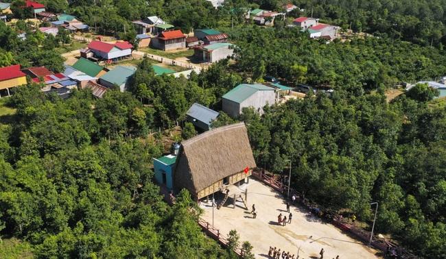 Gia Lai: Nông dân góp sức, góp công làm nông thôn mới - Ảnh 2.