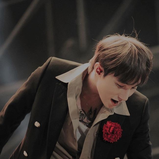 Sơn Tùng MTP hé lộ thêm về món quà ngập tràn hoa lá dành tặng riêng fan hâm mộ sắp ra mắt - Ảnh 2.