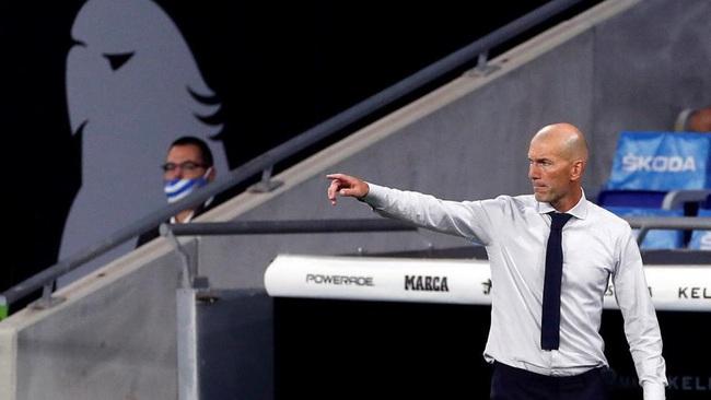 Bezmema kiến tạo không tưởng, HLV Zidane nói điều bất ngờ - Ảnh 1.