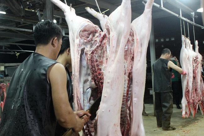 Giá heo hơi hôm nay 3/6: Lợn hơi rời khỏi mốc 100.000 đồng/kg - Ảnh 2.