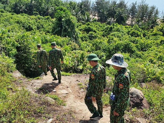 hàng trăm chiến sĩ vẫn đang tiếp tục triển khai vay bắt - Ảnh 4.