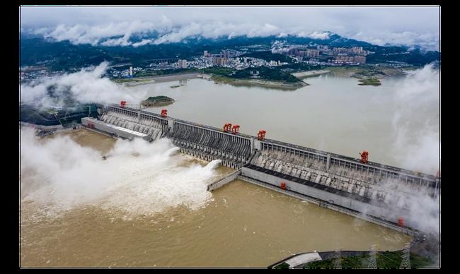 Dân nghi lũ lụt nặng nề do đập Tam Hiệp xả lũ khẩn cấp, Bắc Kinh nói gì? - Ảnh 2.