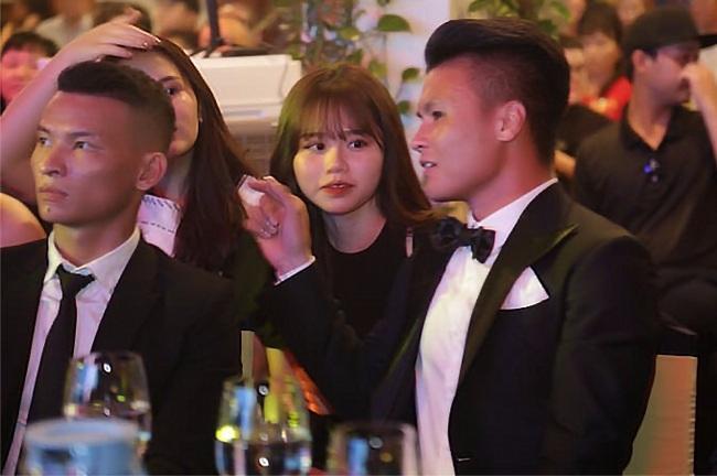 Bạn gái Quang Hải dọa mời luật sư khi bị anti-fan xúc phạm trên mạng xã hội - Ảnh 1.