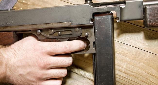 """Vì sao lính Mỹ """"ngó lơ"""" trống đạn 100 viên của tiểu liên Thompson? - Ảnh 7."""