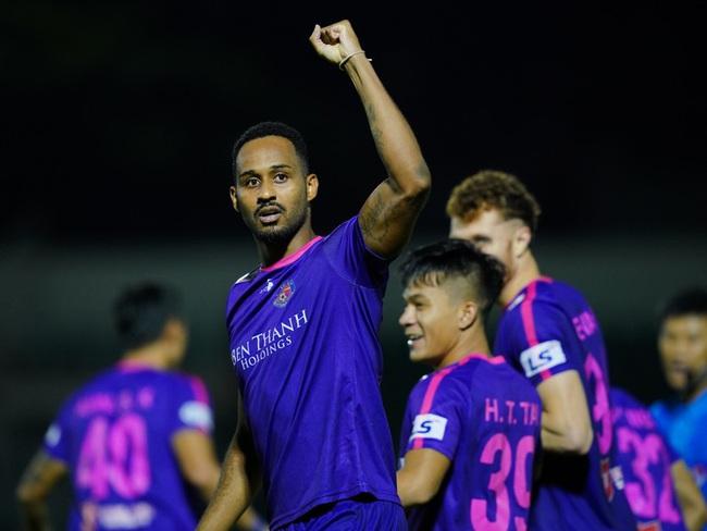 """Sài Gòn FC dẫn đầu, HLV dị nhất V.League vẫn không dám """"chơi trội"""" - Ảnh 1."""