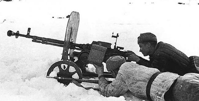 """Vì sao đại liên DShK 12,7mm là """"huyền thoại"""" trong lịch sử chiến tranh? - Ảnh 10."""