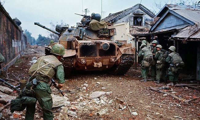 Soi chiếc xe tăng phun lửa duy nhất của Mỹ trên chiến trường VN - Ảnh 3.