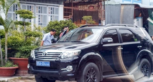 Cần Thơ: Bắt Phó Giám đốc Văn phòng đăng ký đất đai quận Bình Thủy - Ảnh 2.