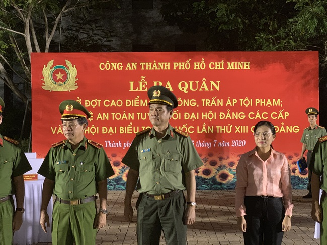 Giám đốc Công an TPHCM phát động xuất quân tấn công trấn áp tội phạm cho Đại hội Đảng - Ảnh 1.