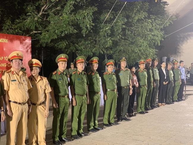 Giám đốc Công an TPHCM phát động xuất quân tấn công trấn áp tội phạm cho Đại hội Đảng - Ảnh 7.