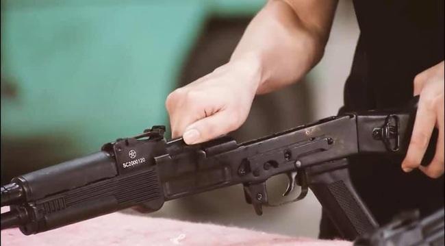 Soi chi tiết hai mẫu súng trường tấn công tương lai của Việt Nam - Ảnh 8.