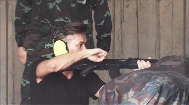 Soi chi tiết hai mẫu súng trường tấn công tương lai của Việt Nam - Ảnh 10.